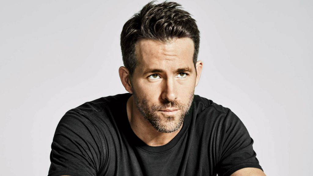 Ryan Reynolds Paid Writers